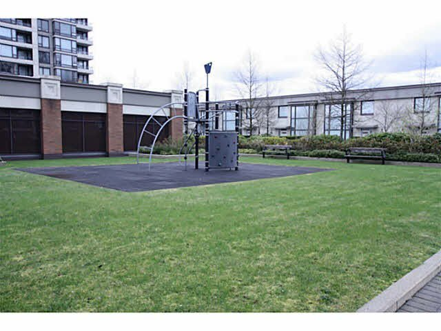 """Photo 17: Photos: 1404 4178 DAWSON Street in Burnaby: Brentwood Park Condo for sale in """"TANDEM"""" (Burnaby North)  : MLS®# V1117379"""