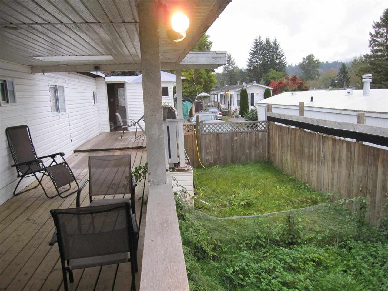 """Photo 11: Photos: 119 10221 WILSON Street in Mission: Stave Falls Manufactured Home for sale in """"Triple Creek Estates"""" : MLS®# R2010419"""