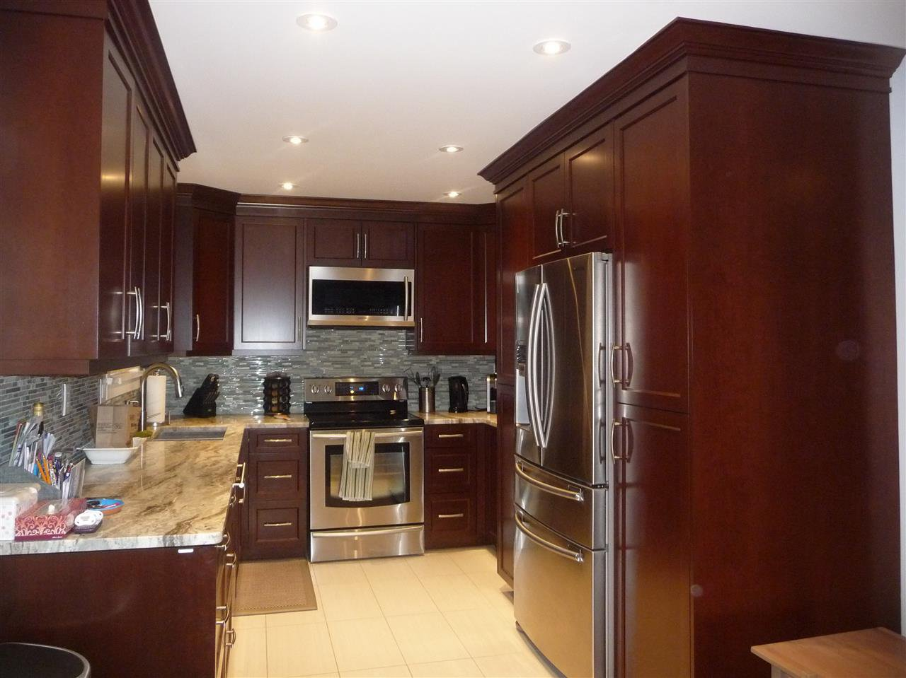 Photo 4: Photos: 8675 151B Street in Surrey: Bear Creek Green Timbers House for sale : MLS®# R2036956