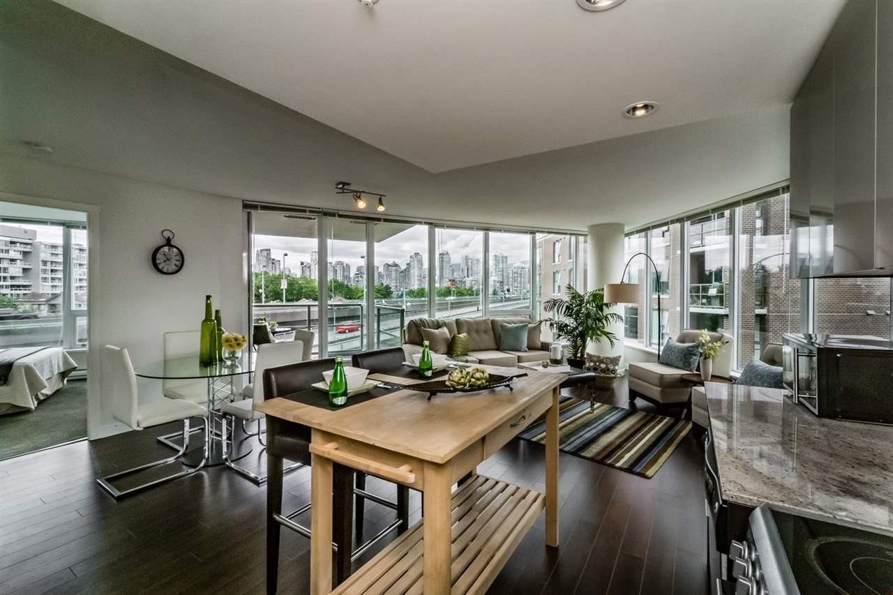 "Main Photo: 504 445 W 2ND Avenue in Vancouver: False Creek Condo for sale in ""Maynards Block"" (Vancouver West)  : MLS®# R2088947"