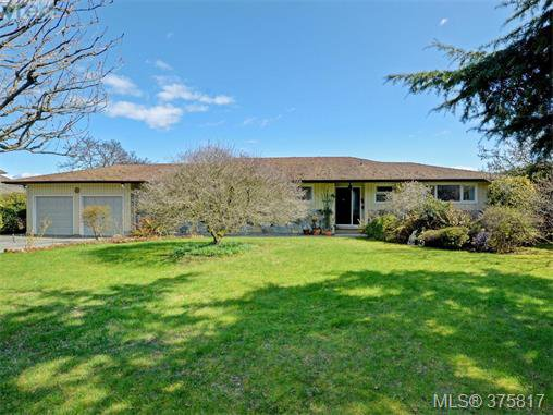 Main Photo: 6711 Welch Road in SAANICHTON: CS Martindale Single Family Detached for sale (Central Saanich)  : MLS®# 375817