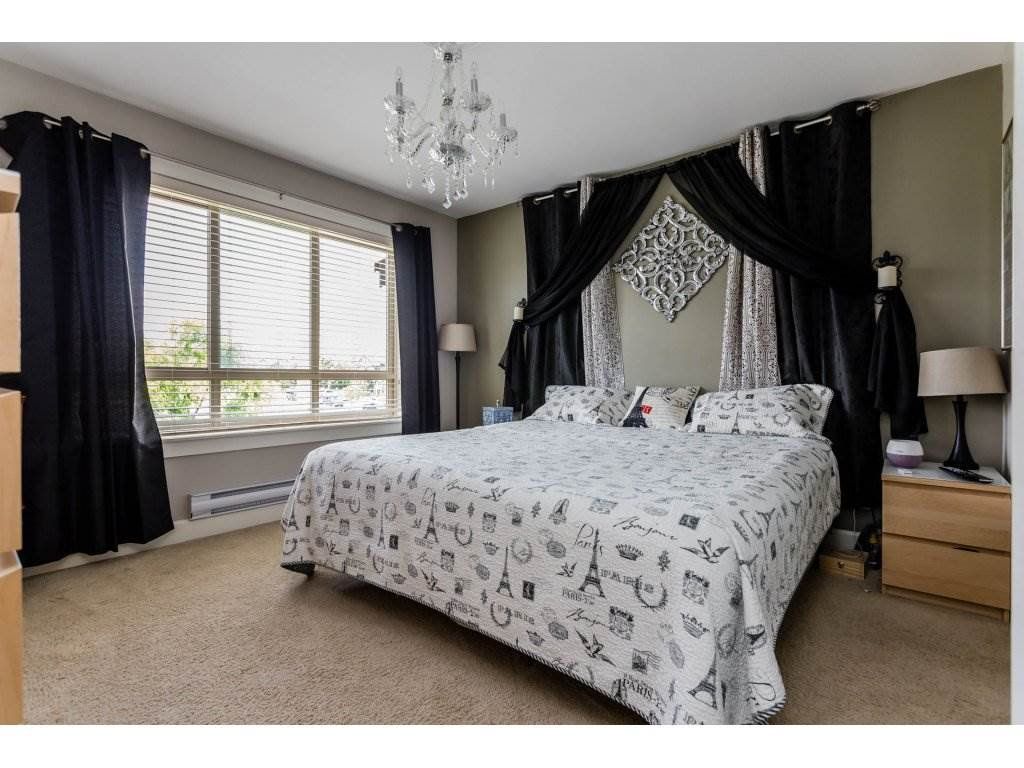 "Photo 12: Photos: 8 19560 68TH Avenue in Surrey: Clayton Townhouse for sale in ""SOLANA"" (Cloverdale)  : MLS®# R2179592"