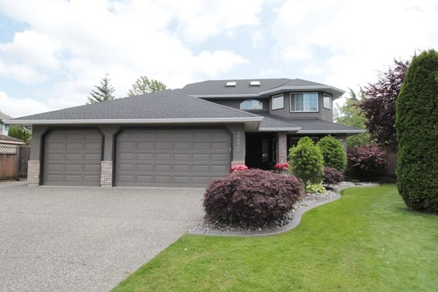 """Main Photo: 22274 47 Avenue in Langley: Murrayville House for sale in """"Murrayville"""" : MLS®# R2182979"""