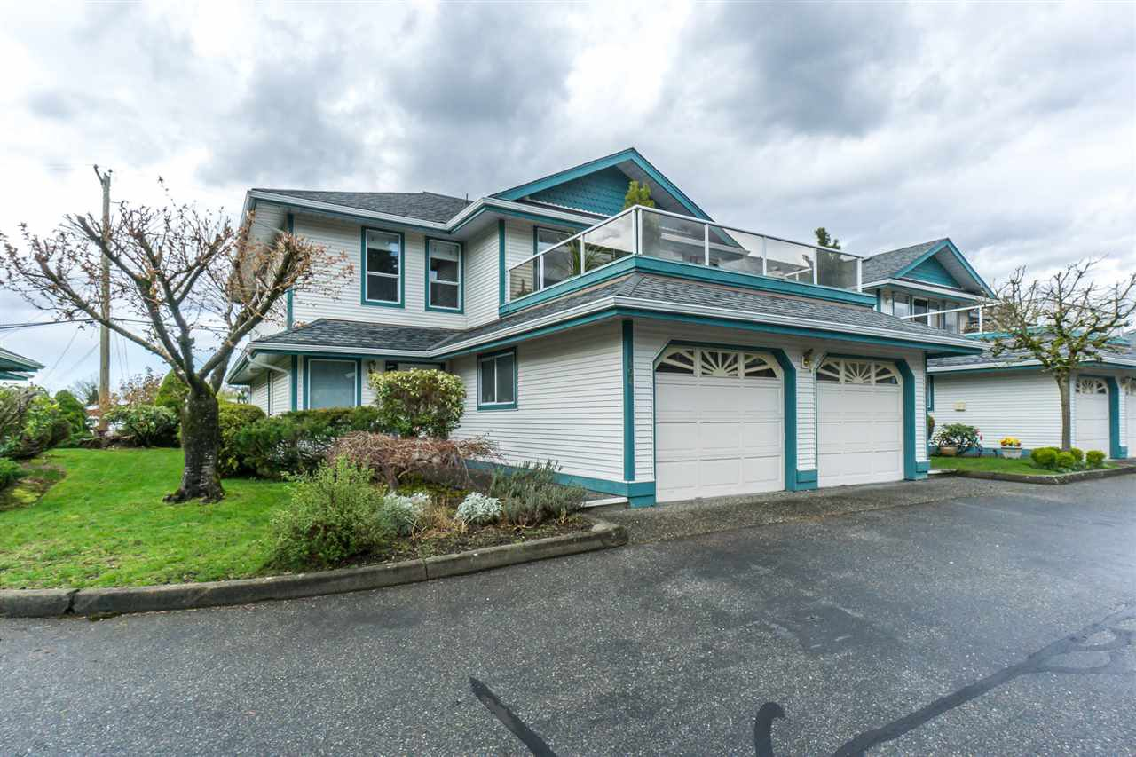 "Main Photo: 404 7500 COLUMBIA Street in Mission: Mission BC Townhouse for sale in ""Edwards Estates"" : MLS®# R2263460"