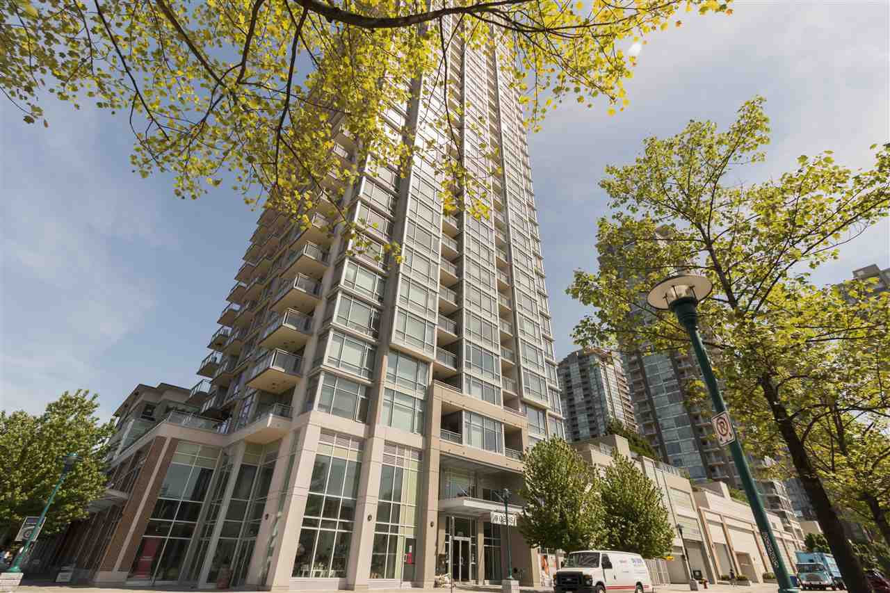 "Main Photo: 1509 2955 ATLANTIC Avenue in Coquitlam: North Coquitlam Condo for sale in ""Oasis by Onni"" : MLS®# R2268489"