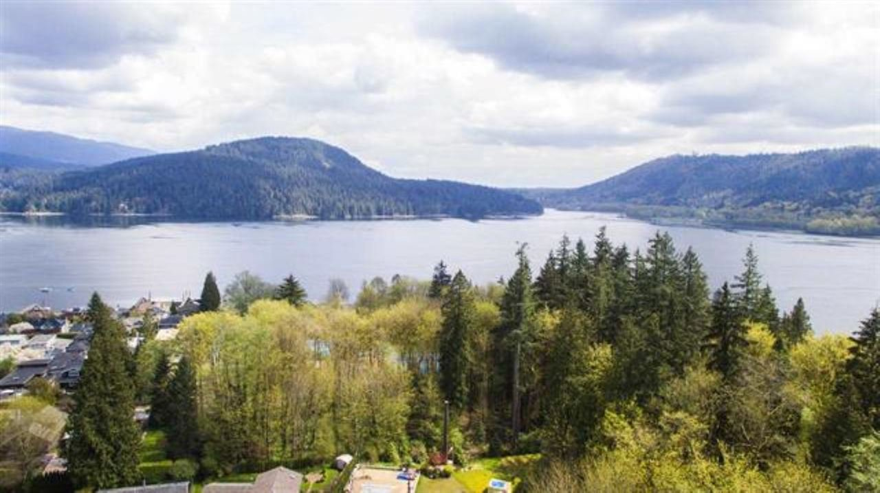 "Main Photo: 301 N DOLLARTON Highway in North Vancouver: Dollarton House for sale in ""DOLLARTON"" : MLS®# R2308874"