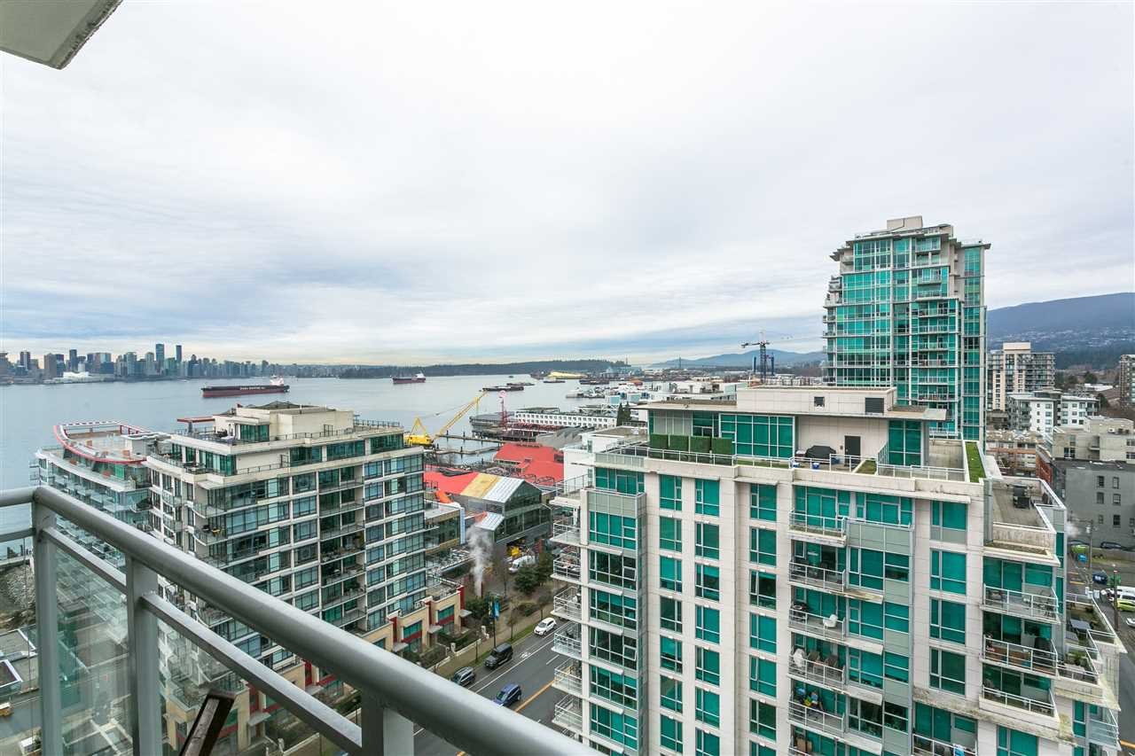 "Main Photo: 1707 188 E ESPLANADE in North Vancouver: Lower Lonsdale Condo for sale in ""Esplanade at the Pier"" : MLS®# R2337400"