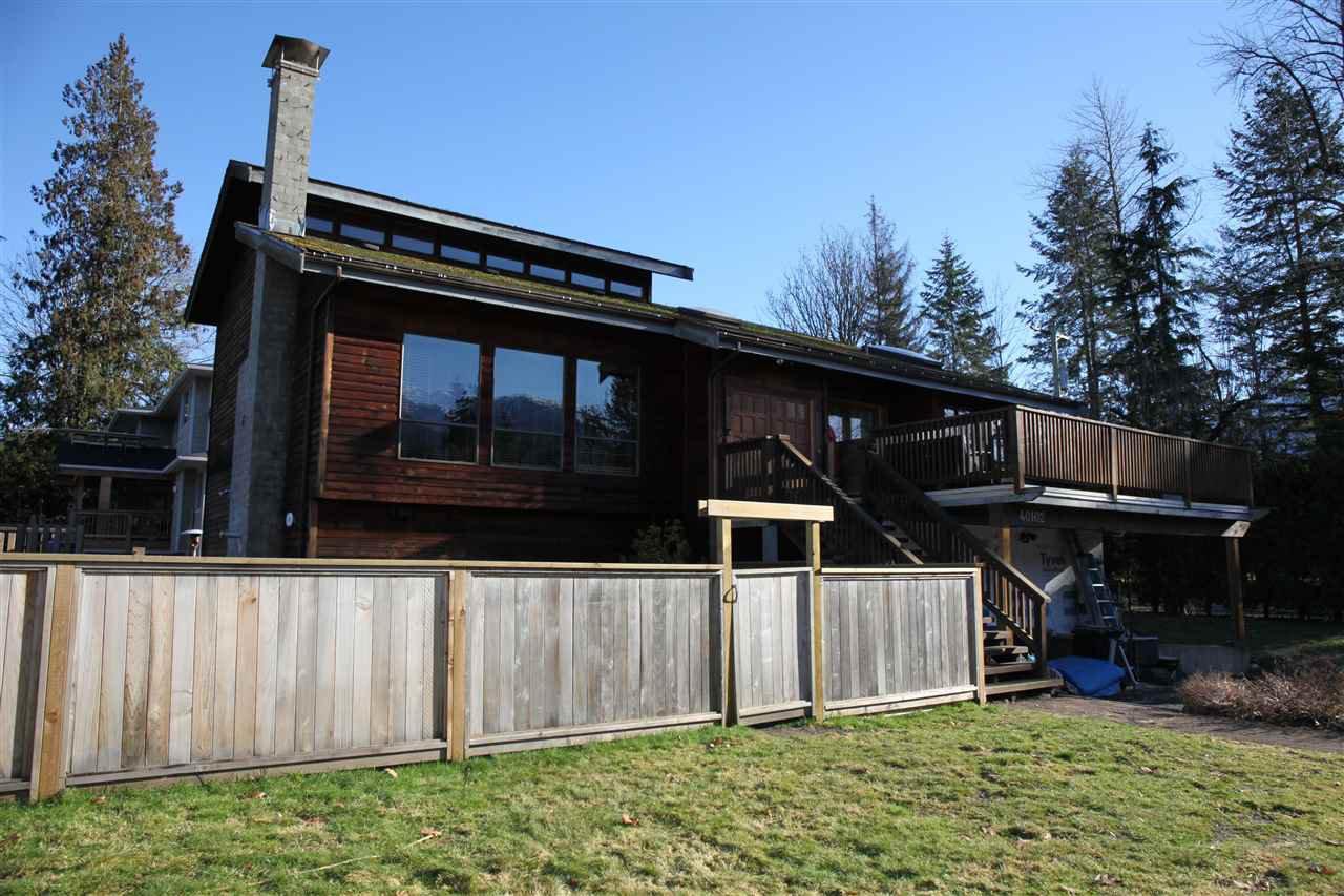 Main Photo: 2111 MAMQUAM Road in Squamish: Garibaldi Estates House for sale : MLS®# R2338612