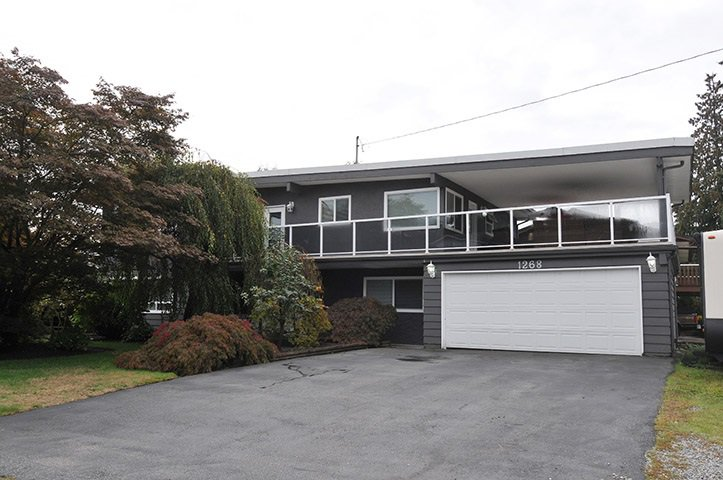 Main Photo: 1268 TAMARACK Place in Port Coquitlam: Birchland Manor House for sale : MLS®# R2355492