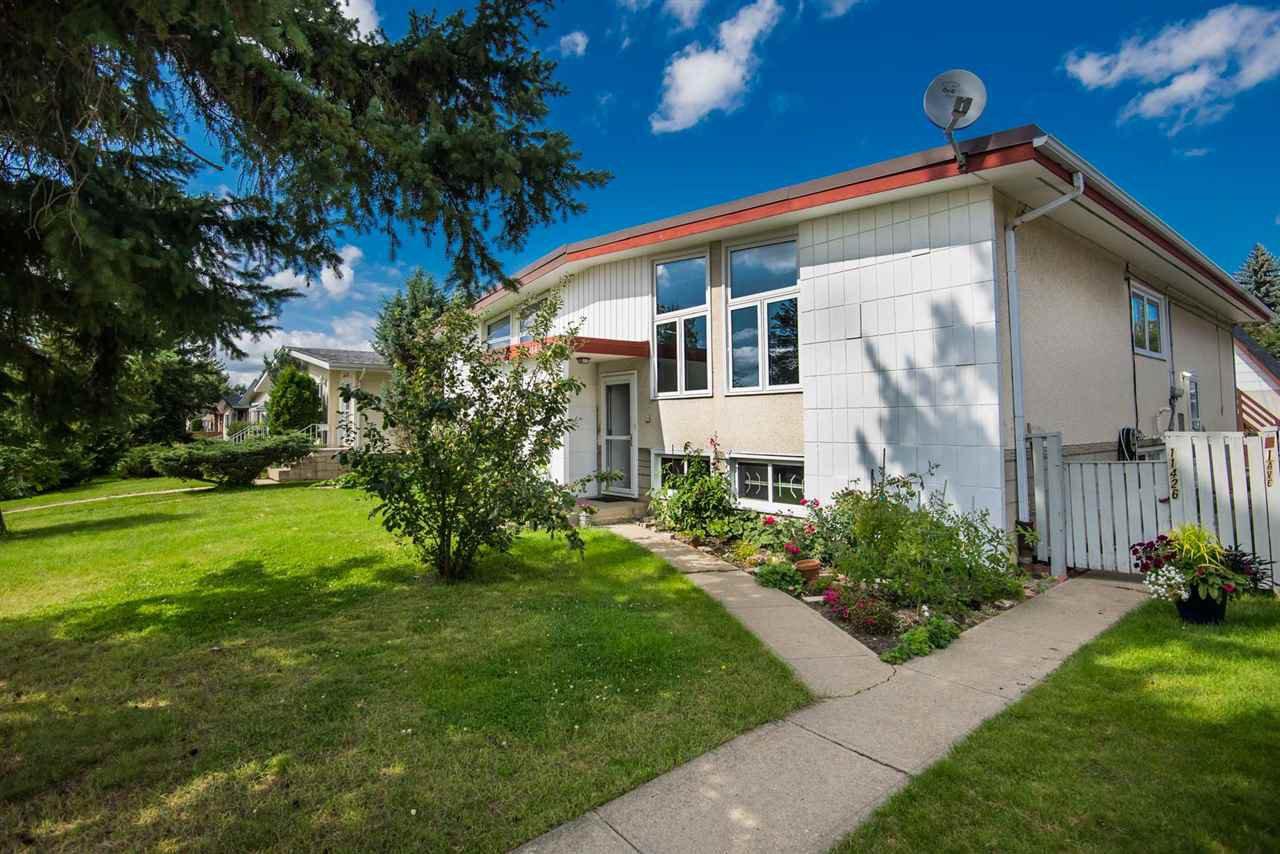 Main Photo: 11426 41 Avenue in Edmonton: Zone 16 House Half Duplex for sale : MLS®# E4170706