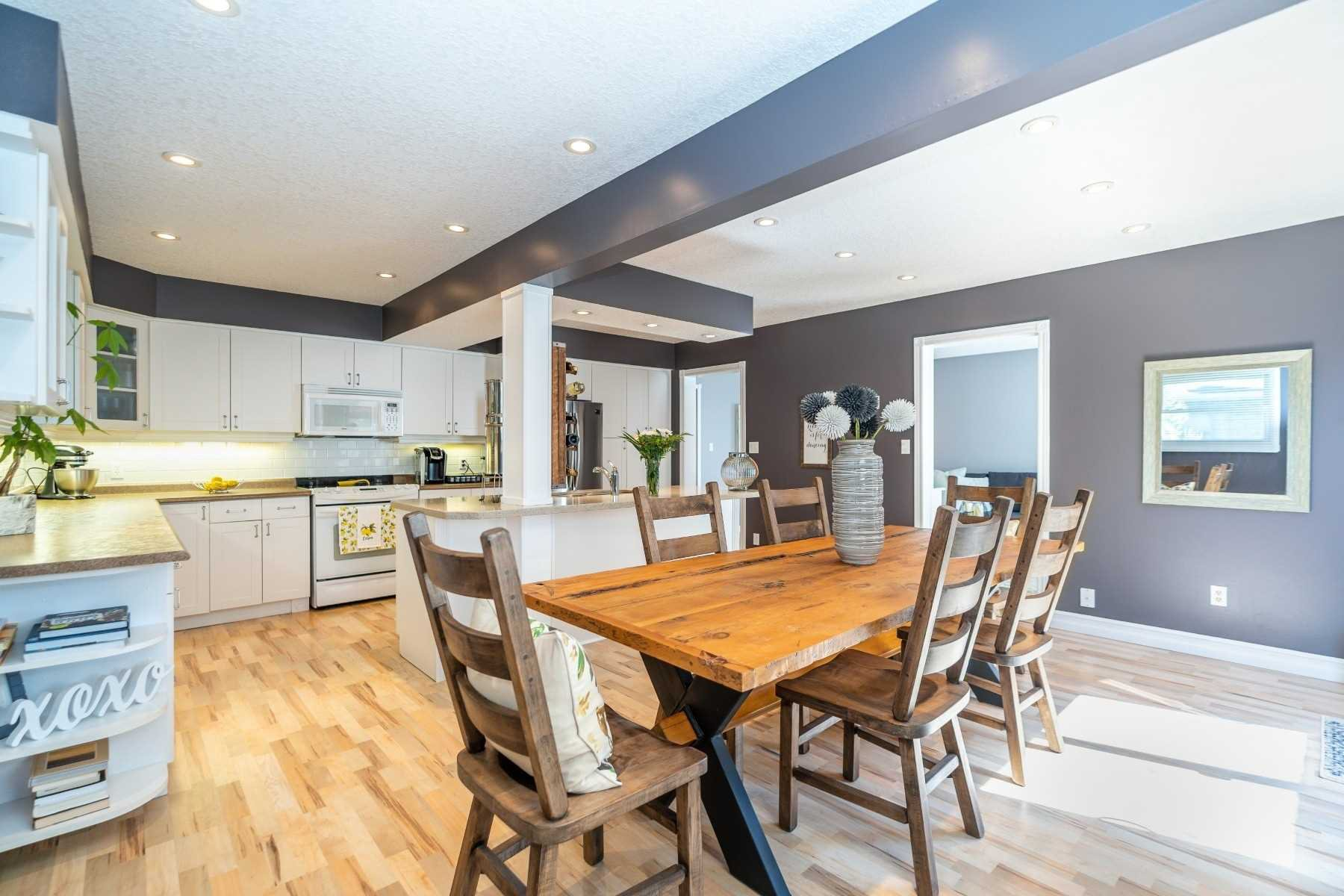 Photo 9: Photos: 1153 Snowberry Court in Oshawa: Pinecrest House (2-Storey) for sale : MLS®# E4794796