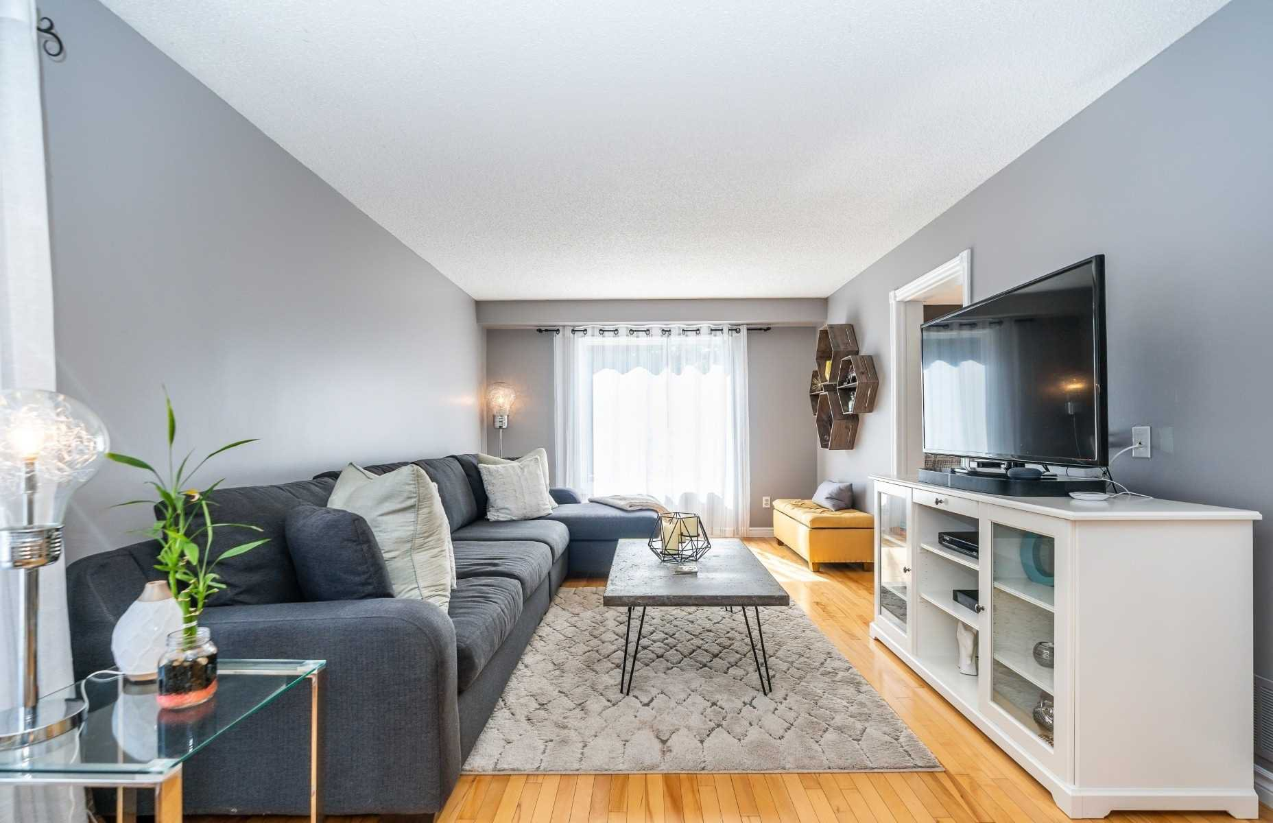 Photo 6: Photos: 1153 Snowberry Court in Oshawa: Pinecrest House (2-Storey) for sale : MLS®# E4794796