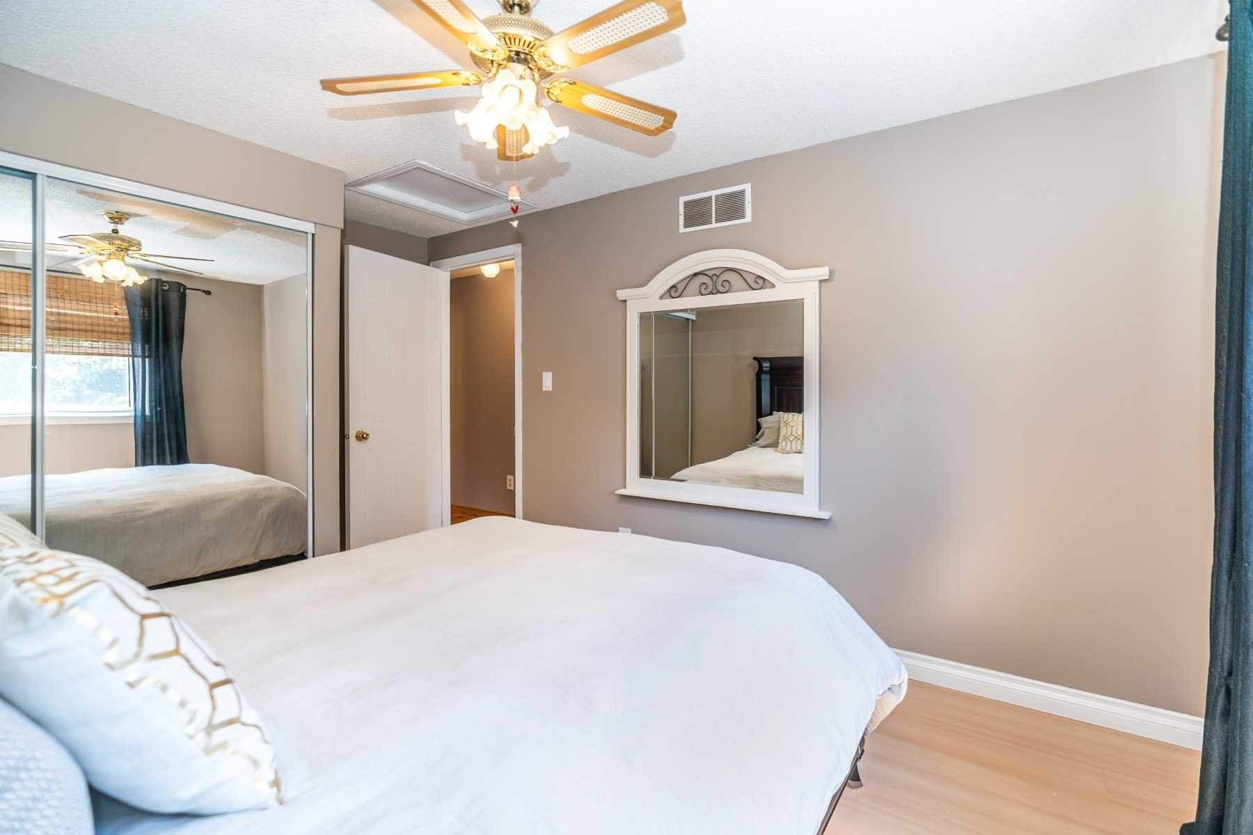 Photo 25: Photos: 1153 Snowberry Court in Oshawa: Pinecrest House (2-Storey) for sale : MLS®# E4794796