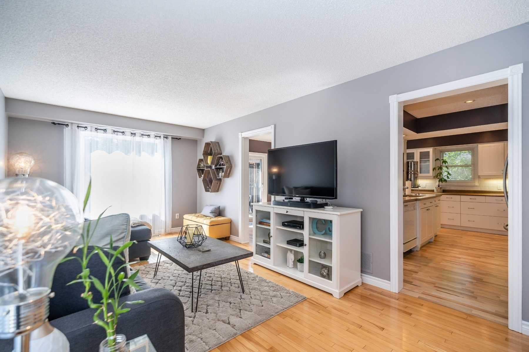 Photo 7: Photos: 1153 Snowberry Court in Oshawa: Pinecrest House (2-Storey) for sale : MLS®# E4794796