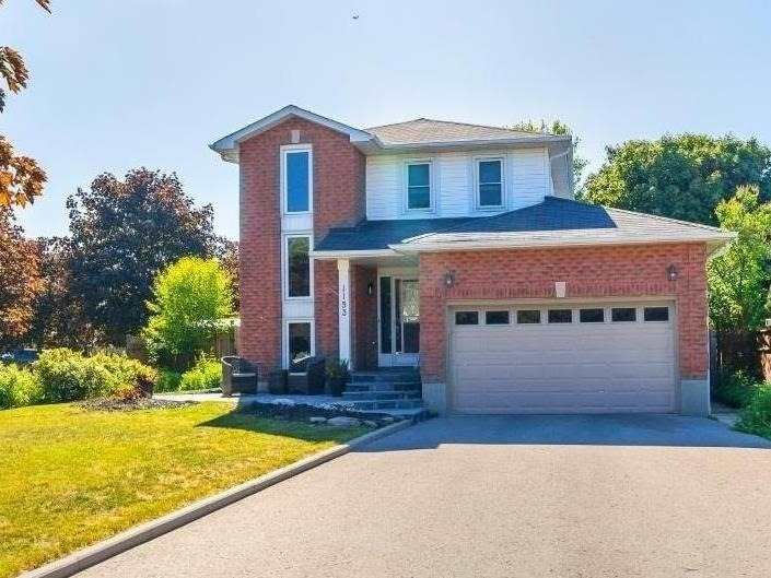 Main Photo: 1153 Snowberry Court in Oshawa: Pinecrest House (2-Storey) for sale : MLS®# E4794796
