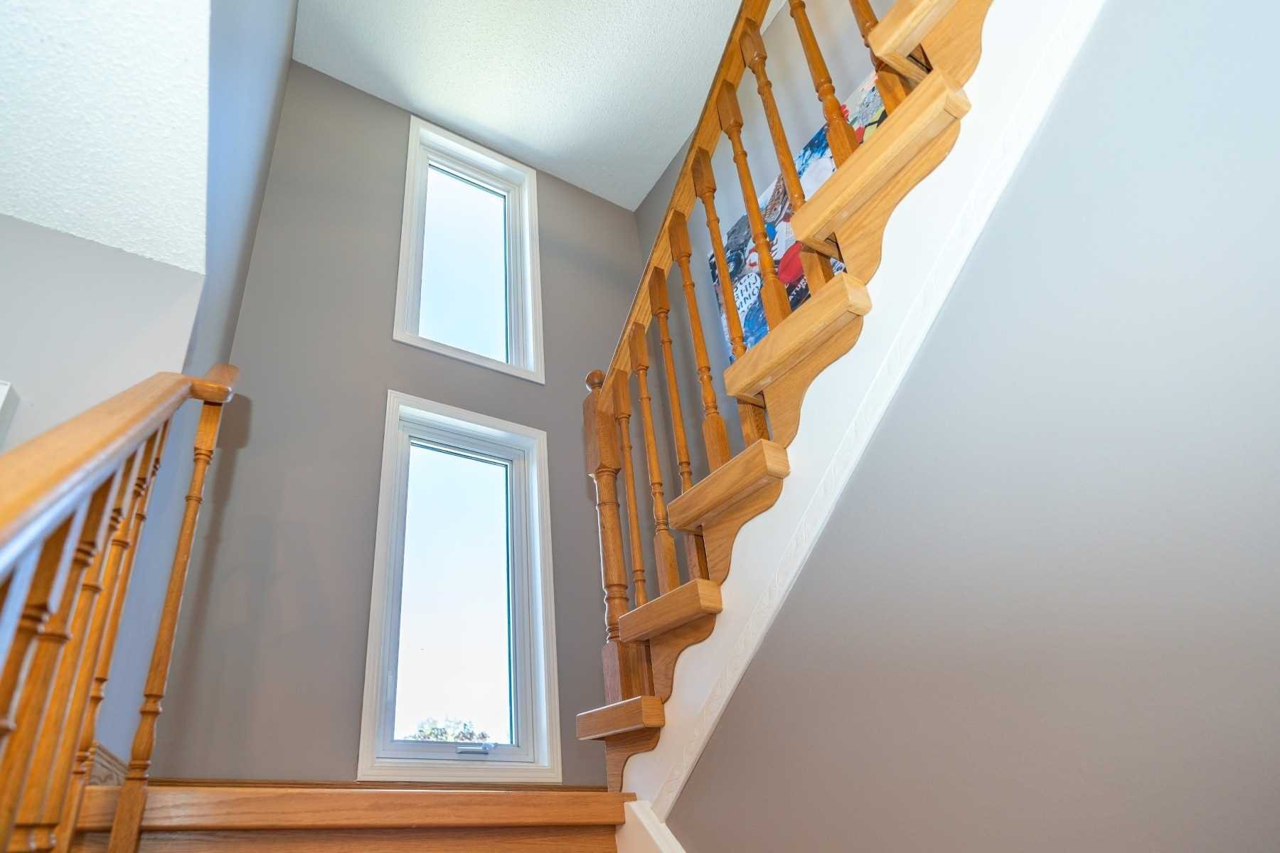 Photo 18: Photos: 1153 Snowberry Court in Oshawa: Pinecrest House (2-Storey) for sale : MLS®# E4794796
