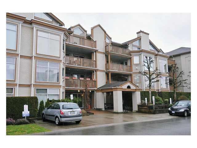 "Photo 2: Photos: 201 19131 FORD Road in Pitt Meadows: Central Meadows Condo for sale in ""WOODFORD MANOR"" : MLS®# V875413"