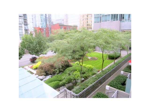 Main Photo: 1245 Alberni stree in Vancouver: West End VW Townhouse for sale (Vancouver West)  : MLS®# V965797