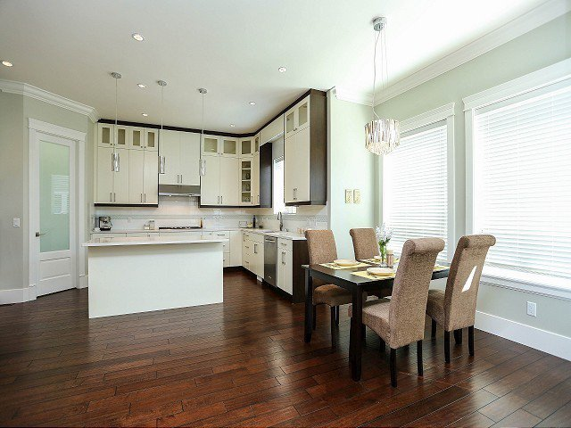 Photo 4: Photos: 17306 0B Avenue in Surrey: Pacific Douglas House for sale (South Surrey White Rock)  : MLS®# F1325073