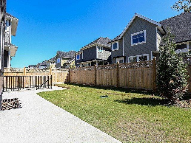 Photo 18: Photos: 17306 0B Avenue in Surrey: Pacific Douglas House for sale (South Surrey White Rock)  : MLS®# F1325073