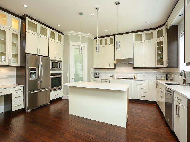 Photo 5: Photos: 17306 0B Avenue in Surrey: Pacific Douglas House for sale (South Surrey White Rock)  : MLS®# F1325073
