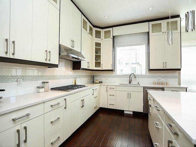 Photo 6: Photos: 17306 0B Avenue in Surrey: Pacific Douglas House for sale (South Surrey White Rock)  : MLS®# F1325073