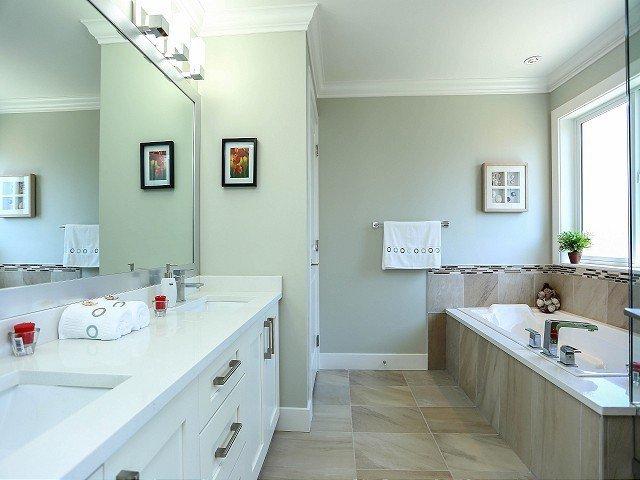 Photo 13: Photos: 17306 0B Avenue in Surrey: Pacific Douglas House for sale (South Surrey White Rock)  : MLS®# F1325073