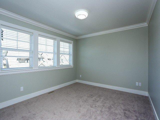 Photo 11: Photos: 17306 0B Avenue in Surrey: Pacific Douglas House for sale (South Surrey White Rock)  : MLS®# F1325073