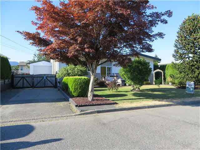 Photo 1: Photos: 45365 WESTVIEW Avenue in Chilliwack: Chilliwack W Young-Well House for sale : MLS®# H2152557