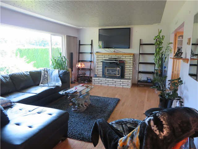 Photo 14: Photos: 45365 WESTVIEW Avenue in Chilliwack: Chilliwack W Young-Well House for sale : MLS®# H2152557