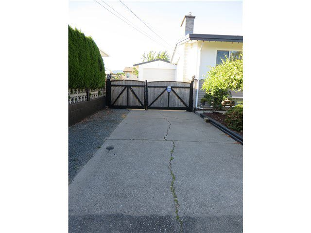 Photo 6: Photos: 45365 WESTVIEW Avenue in Chilliwack: Chilliwack W Young-Well House for sale : MLS®# H2152557