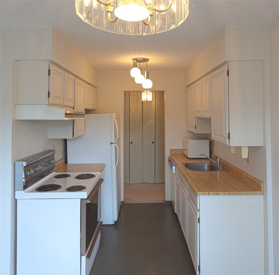 """Photo 3: Photos: 401 3680 W 7TH Avenue in Vancouver: Kitsilano Condo for sale in """"JERICHO HOUSE"""" (Vancouver West)  : MLS®# R2078585"""