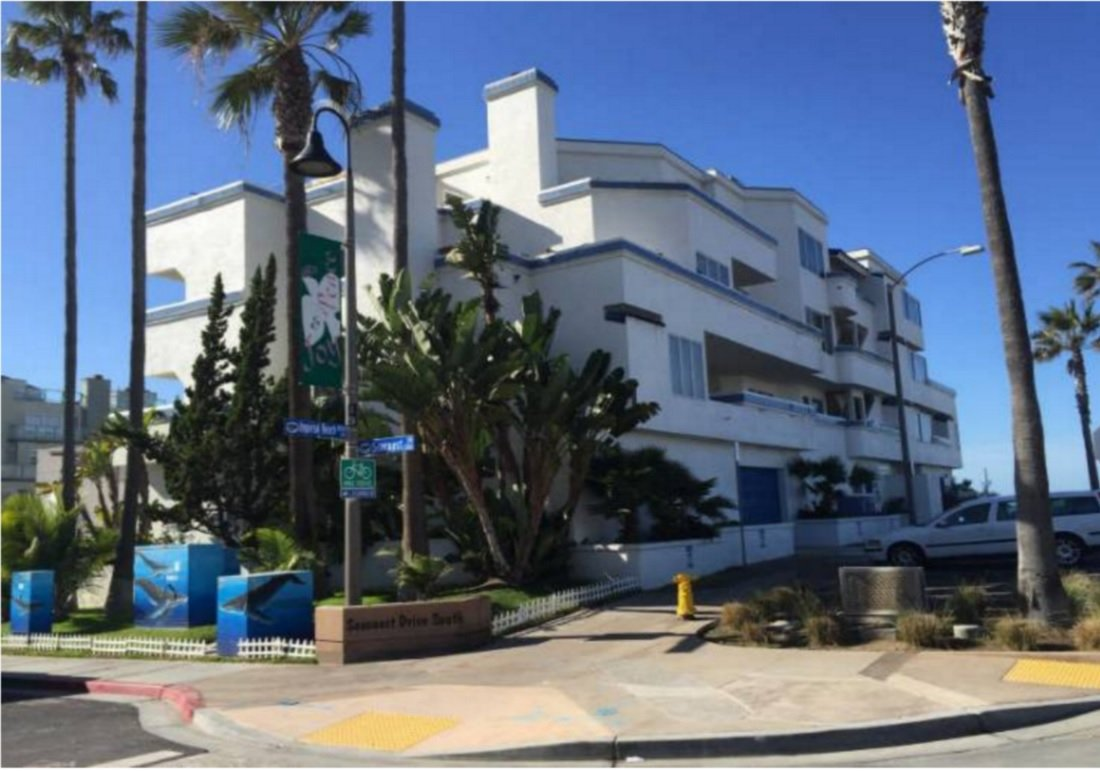 Main Photo: IMPERIAL BEACH Condo for sale : 3 bedrooms : 1100 Seacoast #7