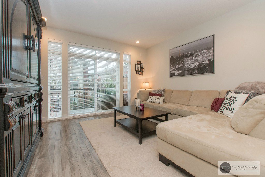 "Main Photo: 34 3039 156 Street in Surrey: Grandview Surrey Townhouse for sale in ""NICHE"" (South Surrey White Rock)  : MLS®# R2132593"