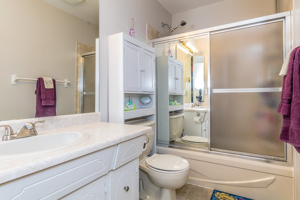 """Photo 14: Photos: 32 2998 MOUAT Drive in Abbotsford: Abbotsford West Townhouse for sale in """"Brookside Terrace"""" : MLS®# R2162196"""