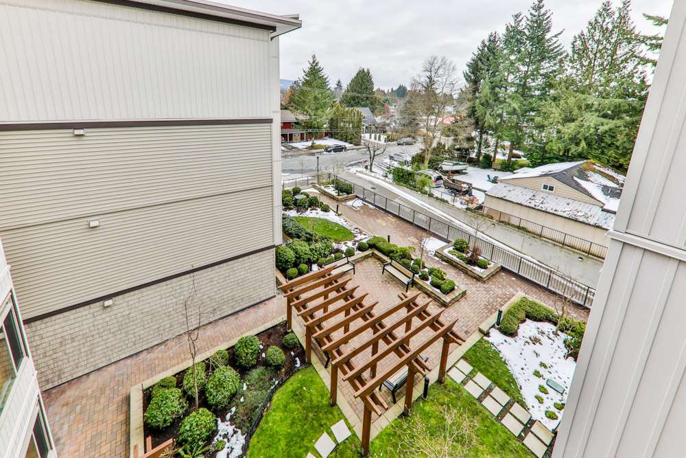"Photo 13: Photos: 405 11887 BURNETT Street in Maple Ridge: East Central Condo for sale in ""WELLINGTON STATION"" : MLS®# R2242581"
