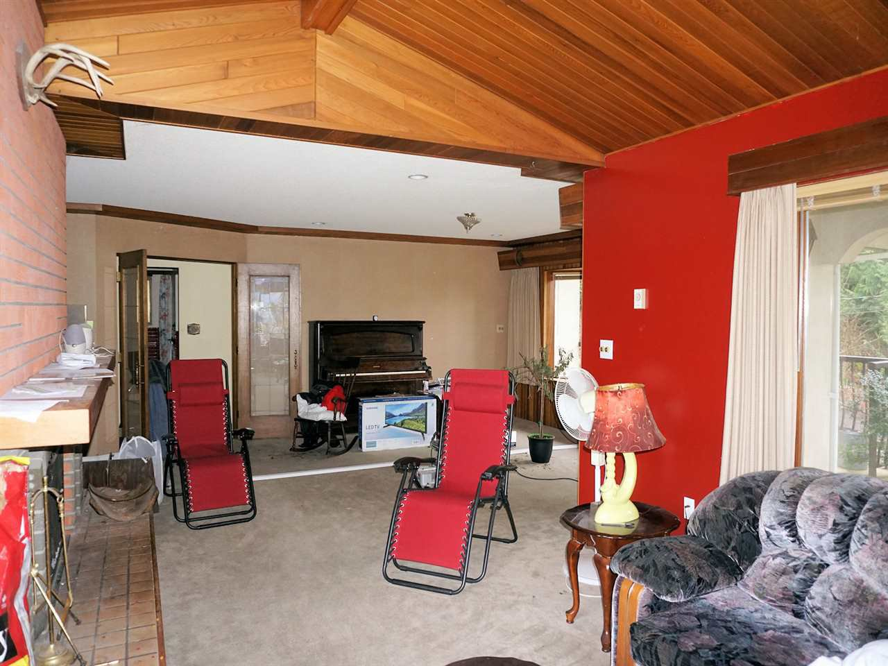 "Photo 7: Photos: 42854 OLD ORCHARD Road in Chilliwack: Chilliwack Mountain House for sale in ""CHILLIWACK MOUNTAIN"" : MLS®# R2250861"