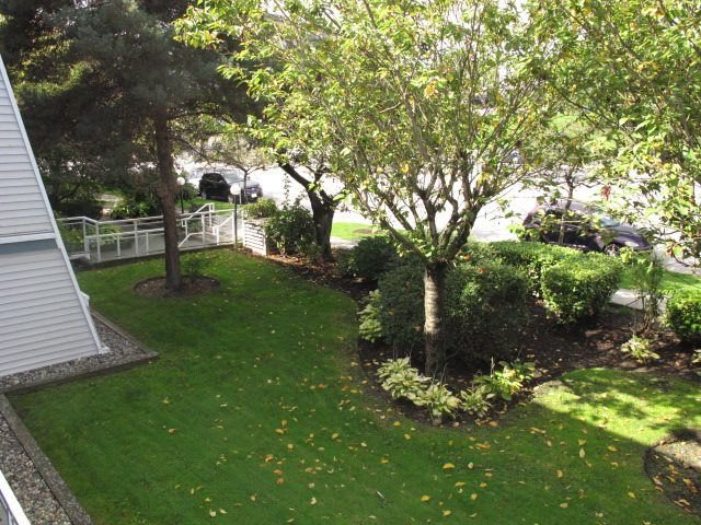 Photo 19: Photos: 211 550 ROYAL Avenue in New Westminster: Downtown NW Condo for sale : MLS®# R2309641