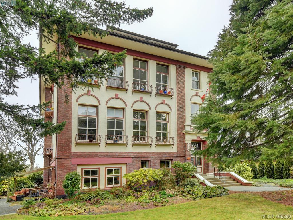 Main Photo: 306 120 Douglas Street in VICTORIA: Vi James Bay Condo Apartment for sale (Victoria)  : MLS®# 406389