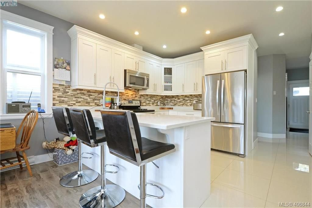 Photo 7: Photos: 3346 Turnstone Dr in VICTORIA: La Happy Valley House for sale (Langford)  : MLS®# 808542