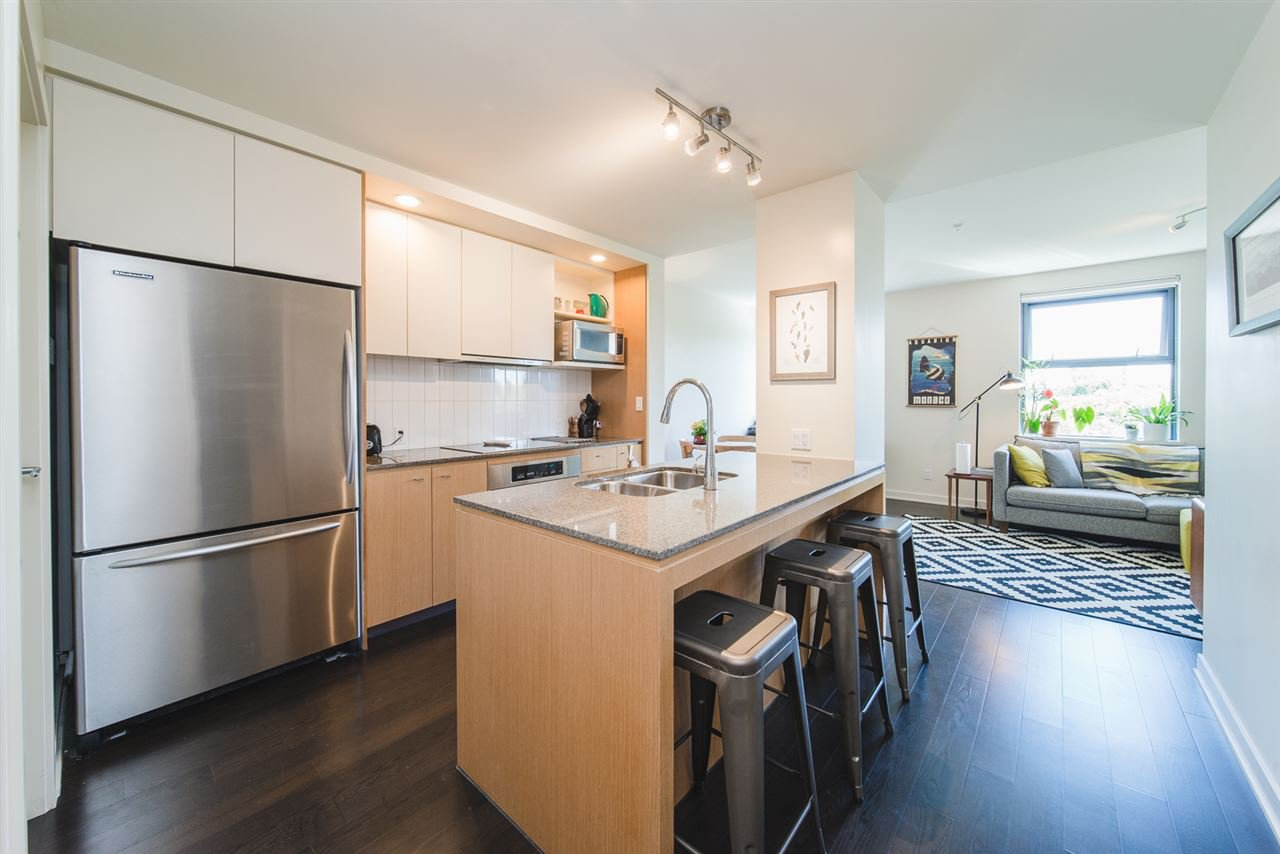 """Main Photo: 609 2851 HEATHER Street in Vancouver: Fairview VW Condo for sale in """"TAPESTRY"""" (Vancouver West)  : MLS®# R2381795"""