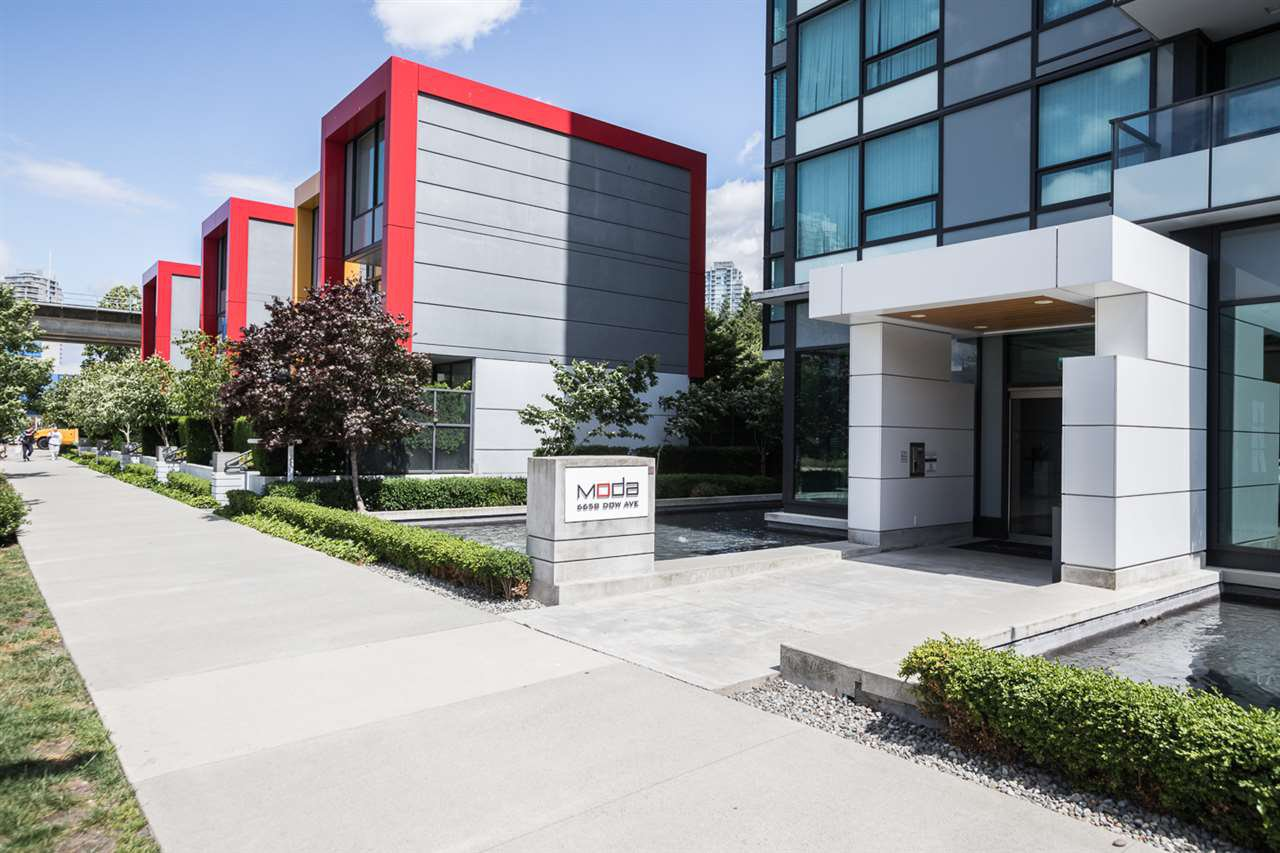 "Photo 14: Photos: 3301 6658 DOW Avenue in Burnaby: Metrotown Condo for sale in ""MODA"" (Burnaby South)  : MLS®# R2382106"