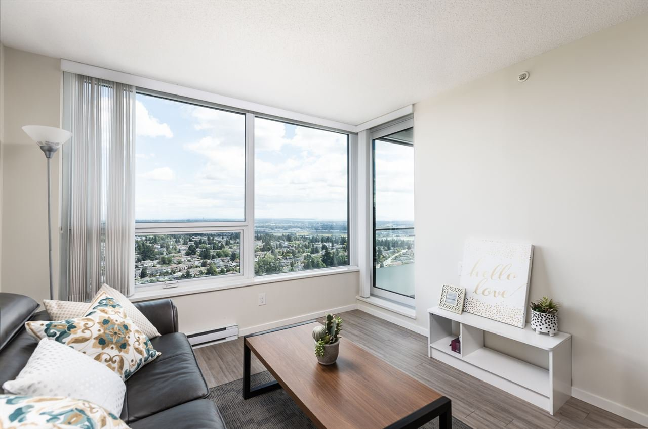 "Photo 3: Photos: 3301 6658 DOW Avenue in Burnaby: Metrotown Condo for sale in ""MODA"" (Burnaby South)  : MLS®# R2382106"