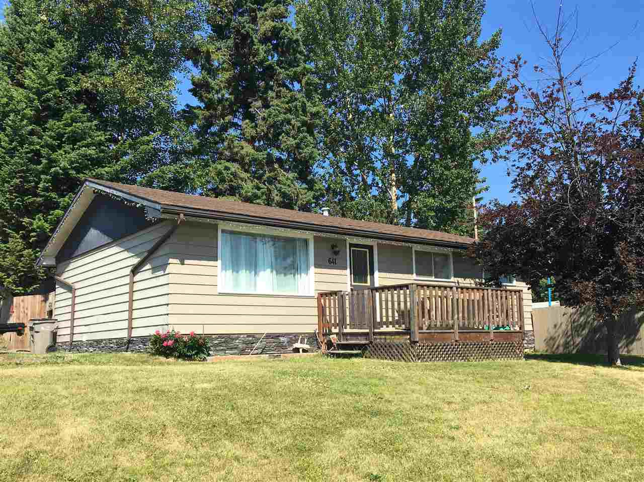 """Photo 7: Photos: 641 PIERCE Street in Quesnel: Quesnel - Town House for sale in """"UPLANDS"""" (Quesnel (Zone 28))  : MLS®# R2383878"""