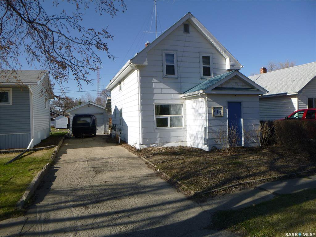 Main Photo: 912 103rd Avenue in Tisdale: Residential for sale : MLS®# SK807916