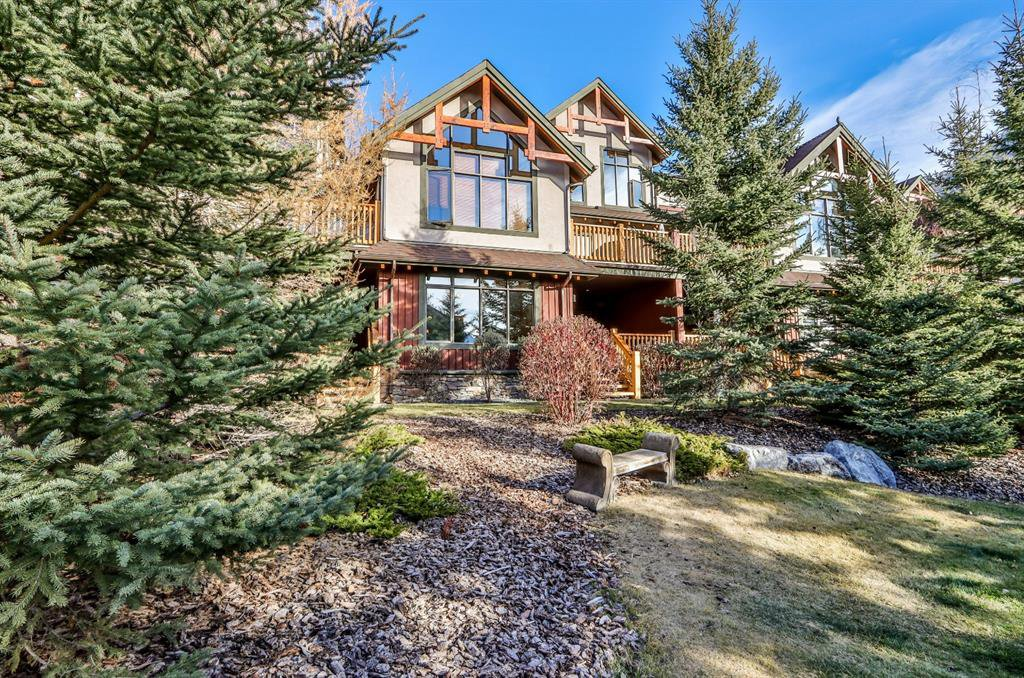 Main Photo: 105 801 Benchlands Trail: Canmore Apartment for sale : MLS®# A1016876