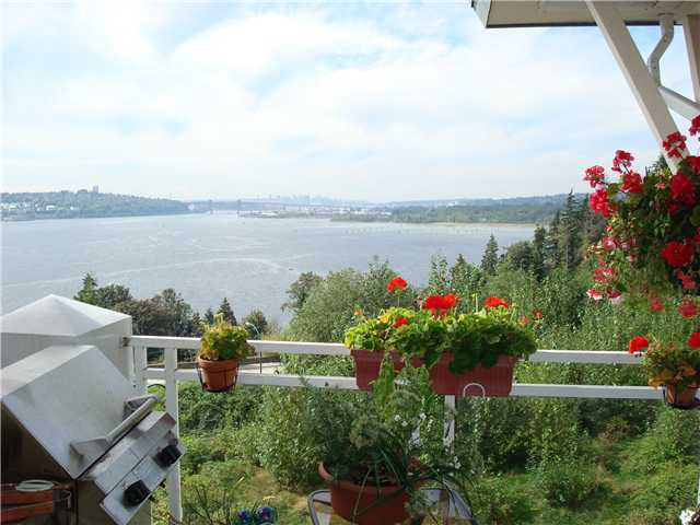 """Photo 1: Photos: 501 3608 DEERCREST Drive in North Vancouver: Roche Point Condo for sale in """"RAVENWOODS"""" : MLS®# V914561"""
