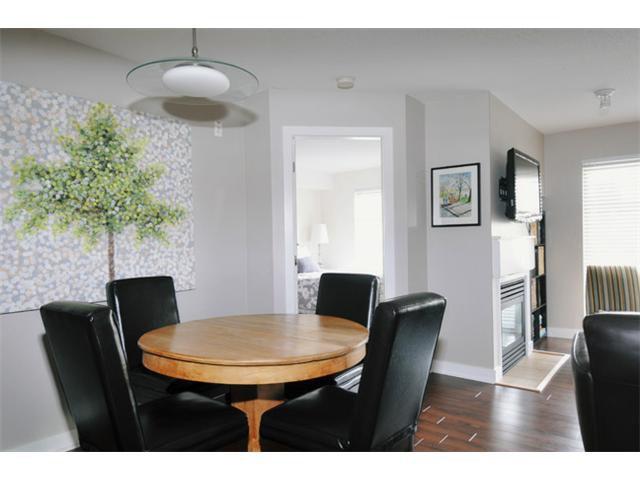 "Photo 2: Photos: 301 12020 207A Street in Maple Ridge: Northwest Maple Ridge Condo for sale in ""WESTBROOK"" : MLS®# V917594"