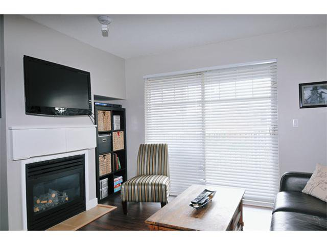 "Photo 3: Photos: 301 12020 207A Street in Maple Ridge: Northwest Maple Ridge Condo for sale in ""WESTBROOK"" : MLS®# V917594"