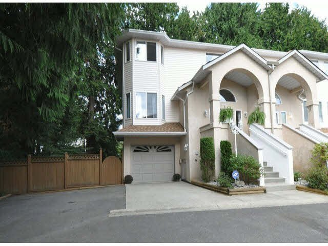 """Main Photo: 33 32339 7 Avenue in Mission: Mission BC Townhouse for sale in """"Cedarbrook Estates"""" : MLS®# F1408880"""